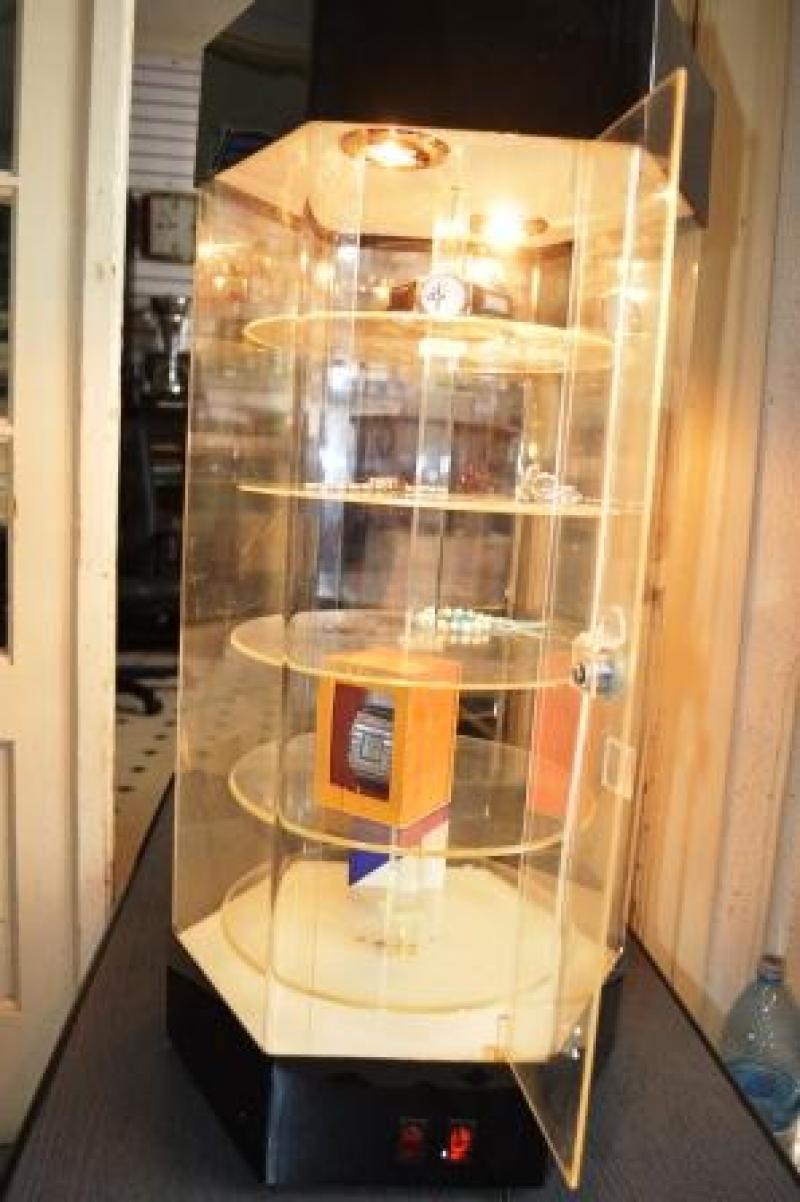 anunturi gratuite Display rotativ de masa, 70 cm, cu lumina, ocazie !