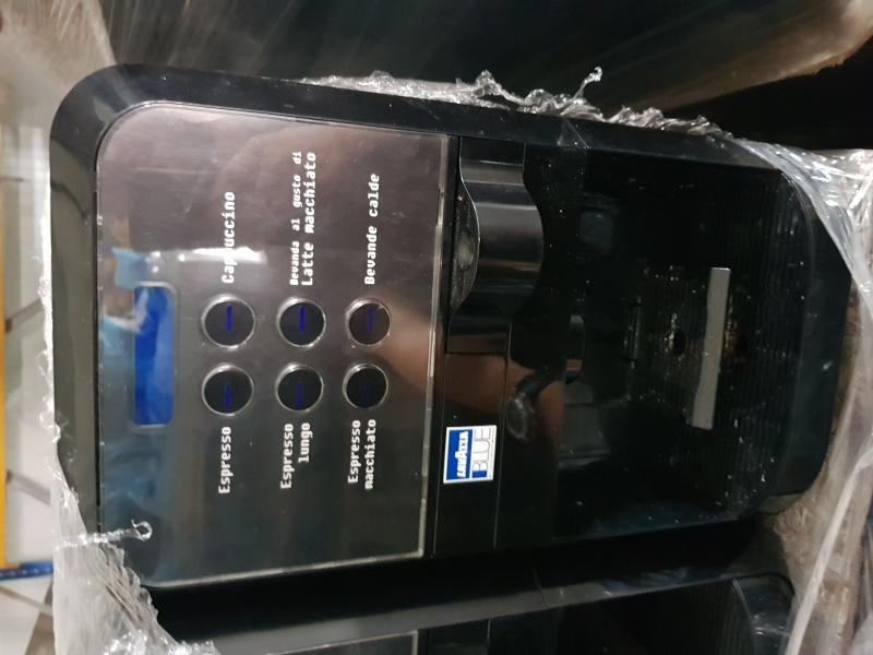 anunturi gratuite Expresor Lavazza Blue LB 2500 plus