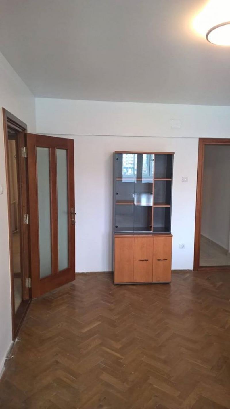 anunturi gratuite Ofer spre inchiriere apartament 3 camere