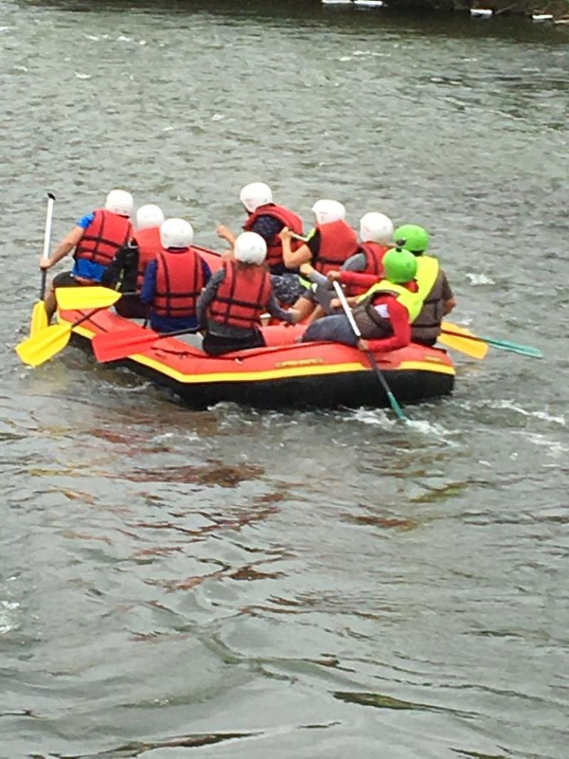 anunturi gratuite Rafting pe Olt, paintball, activitati team building, pensiune Brasov