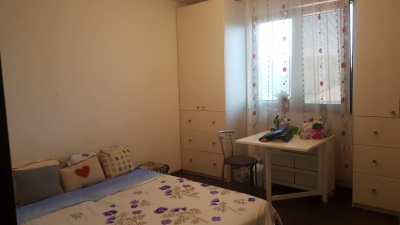 Vand apartament 2 camere Militari