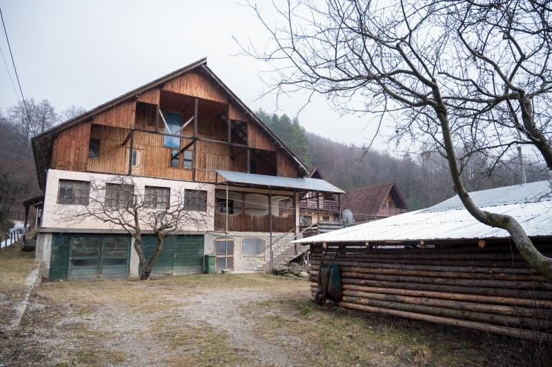 anunturi gratuite casa vila Arges munte pensiune zona turistica proprietar