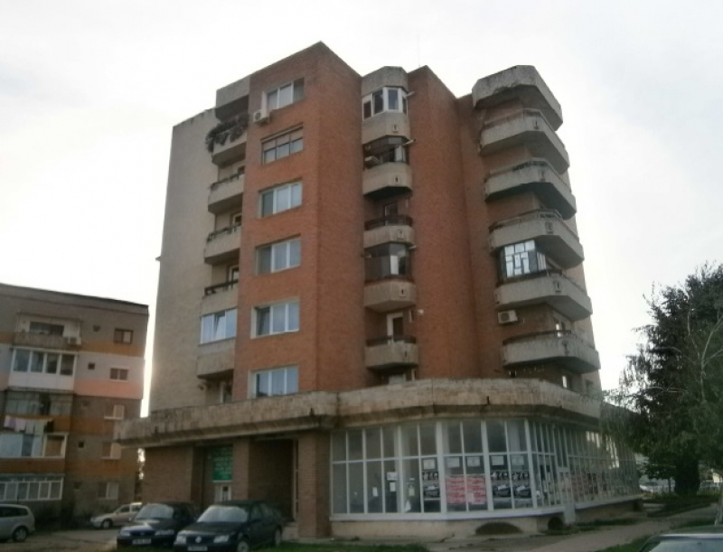 anunturi gratuite Teren 73 mp si spatiu comercial, Lugoj, Judet Timis